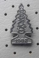 Happy New Year 1982 Christmas Tree Slovenia Pin - Christmas
