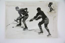 1942 Ice Hockey Official Press Photo - Match Stockholm Vs Berlin - Invierno
