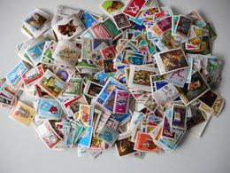 2000 ZEGELS GESTEMPELD - Sammlungen