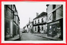 37 - LIGUEIL --  Rue Aristide Briand - Francia