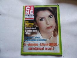 CATHERINE DENEUVE VOIR PHOTO ANCIEN MAGAZINE REGARDEZ MES VENTES ! J'EN AI D'AUTRES - Magazines: Subscriptions