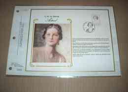 FEUILLET TIMBRE S.M. LA REINE ASTRID CEF 1 Er Jour + SOIE 1985 - Feuillets De Luxe