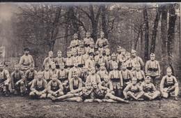 MILITARIA--carte-photo---1926--Première Sortie à L'exercice Dans La Forêt De FONTAINBLEAU--voir 2 Scans - Manoeuvres