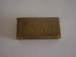 BOITE A TIMBRES  EN  CUIVRE OU LAITON - Stamp Boxes