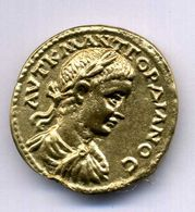 MEDAILLON MENECLEUS CAIUS JULIUS   ETAIN DORE REPLIQUE 35mm - Autres Pièces Antiques