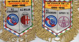 2 Fanions De STRASBOURG En Coupe UEFA 1995/96 - Habillement, Souvenirs & Autres