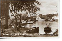 Wroxham Bridge From The Gardens Of The Kings Head Hotel - Zonder Classificatie