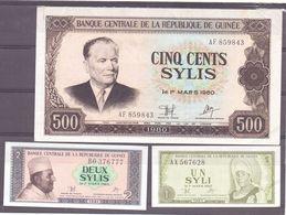 Guinea  Lot  3 Notes - Billets