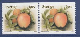 Sweden 2008 MNH Scott #2594 Coil Pair (5.50k) Apples Organic Foods - Neufs
