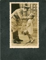 Deutsches Reich Propaganda Postkarte Adolf Hitler Mit Kind - Ohne Zuordnung