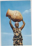 NIGER ,afrique,pres Mali,algerie,tchad,NIAMEY,FEMME SOURIANTE,PORTEUSE D'EAU - Niger