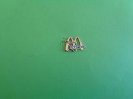 PIN'S  19006 - McDonald's
