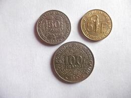 (E212)-AFRIQUE DE L'OUEST-ANNEE 1997-LOT DE 3 PIECES- 5, 50 ET 100 FRANCS - Coins & Banknotes