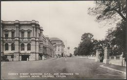 Queen's Street, Showing General Post Office, Colombo, Ceylon, C.1930s - Plâté RP Postcard - Sri Lanka (Ceylon)