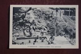 1 CP GUADELOUPE - Source Du Gabon - Eaux Sulfureuses - Guadeloupe