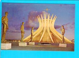 Cp Carte Postale   - Brasilia The Catedral - Brasilia