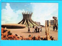 Cp Carte Postale   - Brasilia  Catedral - Brasilia