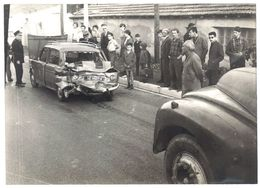 Photo Automobile 13 X 18 Cms, Accident Camion / Voiture, Simca 1000, Policier - Automobiles