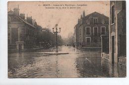 MEAUX (77) - INONDATION DES 25,26, ET 27 JANVIER 1910 - AVENUE DE LA REPUBLIQUE - LAMPADAIRE - Meaux