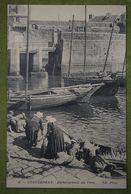 CONCARNEAU - Déchargement Du Thon (Retour De Pêche) - Concarneau