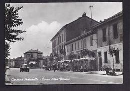 CPSM ITALIE - CARONNO PERTUSELLA - Corso Della Vittoria - TB PLAN ANIMAITON Terrasse Café - AUTOMOBILES - Italy
