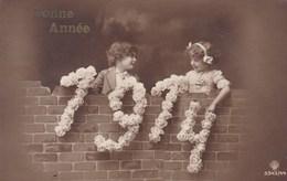 Happy New Year, Bonne Année Gelukkig Nieuwjaar 1914, Young Girls, Jeune Filles (pk43413) - Nieuwjaar