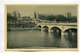 La Seine Et Le Palais De Chaillot - France