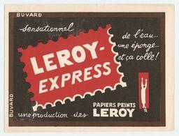 BUVARD PAPIERS PEINTS LEROY EXPRESS - DE L'EAU UNE ÉPONGE ET CA COLLE - Paints