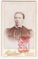 Cabinet Card - Carte De Visite Mode Fashion Femme / Photografie Fotografie F. Buyle Sint-Niklaas Lokeren BE / 1880-1890 - Photos