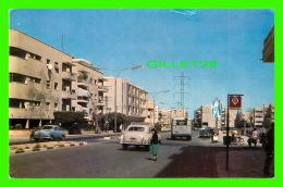 TEL-AVIV, ISRAEL - SHLOMO IBN GVIROL ST. -  PALPHOT - ANIMÉE DE VIEILLES VOITURES - - Israel
