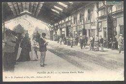 Puyoo - 25 Minutes D'arrêt, Buffet - Intérieur De Gare Avec Train - Edit. Pondarré N° 20 - Voir 2 Scans - Autres Communes