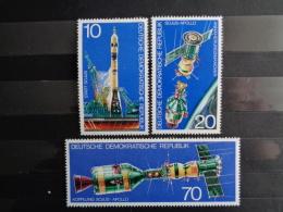 DDR 1975 Y&T N° 1763 à 1765 **  - U.S.A - U.S.S.R VOLS DE L'ESPACE - [6] République Démocratique
