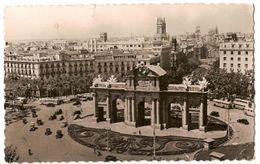 Spain & Circulated, Puerta De Alcalá, Madrid, Lisboa 1956 (255) - Monumenti