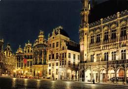 CPM - BRUXELLES - Hôtel De Ville, L'Etoile, Le Cygne, L'Arbre D'Or - Bruxelles La Nuit