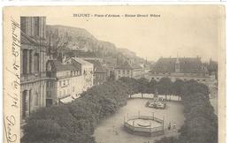 BELFORT . PLACE D'ARMES . STATUE QUAND MEME . AFFR LE 20 SEPT 1902 AU VERSO . 2 SCANES - Belfort - City