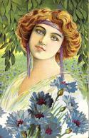 [DC11579] CPA - DONNA IN MEZZO ALLA NATURA - VOLTO FEMMINILE - PERFETTA - Viaggiata - Old Postcard - Illustratori & Fotografie