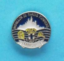 1 PIN'S //   ** BMP MARSEILLE ** BATAILLON DE MARINS-POMPIERS ** . (GD) - Feuerwehr