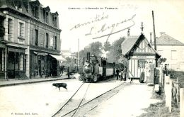 N°3647 A -cpa Cabourg -l'arrivée Du Tramway- - Cabourg
