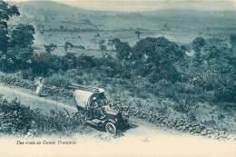 GUINEE FRANCAISE  CONAKRY  Voiture Tacot Sur Une Route 38 (scan Recto-verso) KEVREN0617 - Guinée Française