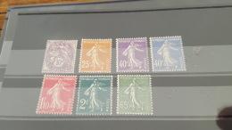 LOT 386806 TIMBRE DE FRANCE NEUF* - France