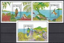 St Vincent 1992 (MNH) - Antillean Crested Hummingbird / Bahama Woodstar / Blue-headed Hummingbird - Hummingbirds