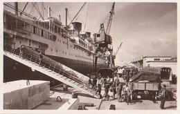 """Paquebot        429        Le Havre Paquebot """" L'Ile De France """" Accosté Au Quai Joannès Couvert ( 76 ? ) - Dampfer"""