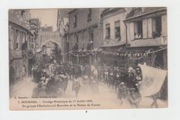 18 - BOURGES / CORTEGE HISTORIQUE Du 1er JUILLET 1923 - UN GROUPE D'ESCHOLIERS ET BANNIERE DE LA NATION DE FRANCE - Bourges