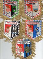 Lot De 5 Fanions De L'AS MONACO En Coupe UEFA 1996/97 - Habillement, Souvenirs & Autres