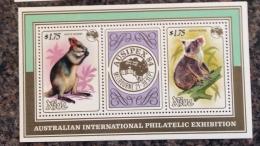 Niue 1984 Ausipex Koala Bears And Wallaby Minisheet MNH - Niue