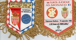 Lot De 2 Fanions De L'AS MONACO En Coupe De L''UEFA 1998/99 - Habillement, Souvenirs & Autres
