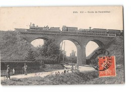 CPA 76 Eu Route De Neufchatel Le Viaduc Et Le Train - Eu