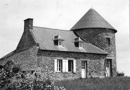 SAINT-MELOIR-DES-ONDES MOULIN DU VAULERAULT (CARTE PHOTO) - France