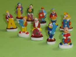 Sèrie De Fèves Complète  :  épiphanie Des Clowns - Characters
