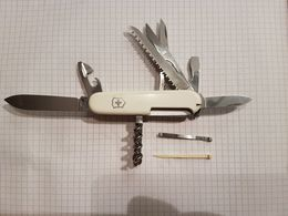 Couteau Suisse Victorinox Officier Suisse Blanc - Armes Blanches